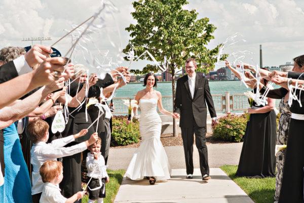 Detroit Omni Hotel Wedding
